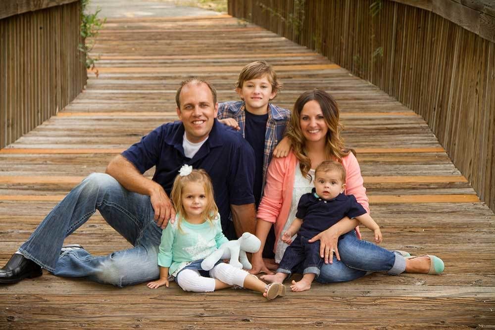 riverdale river walk family portrait